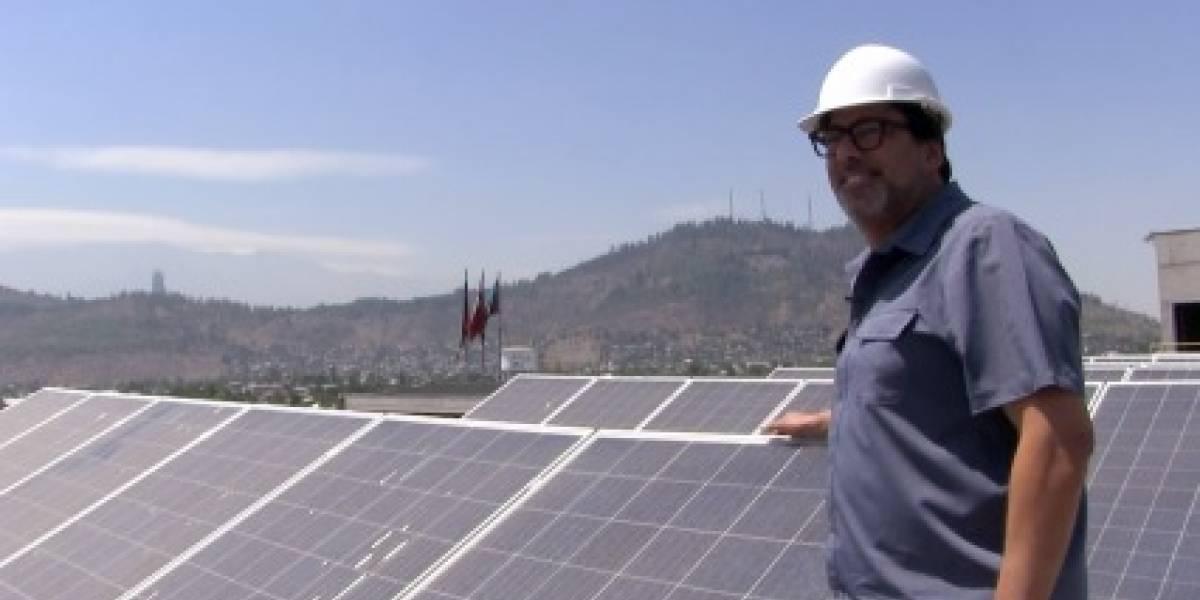 Energía popular: la nueva apuesta en Recoleta para que las cuentas de luz salgan $0 a sus vecinos vulnerables