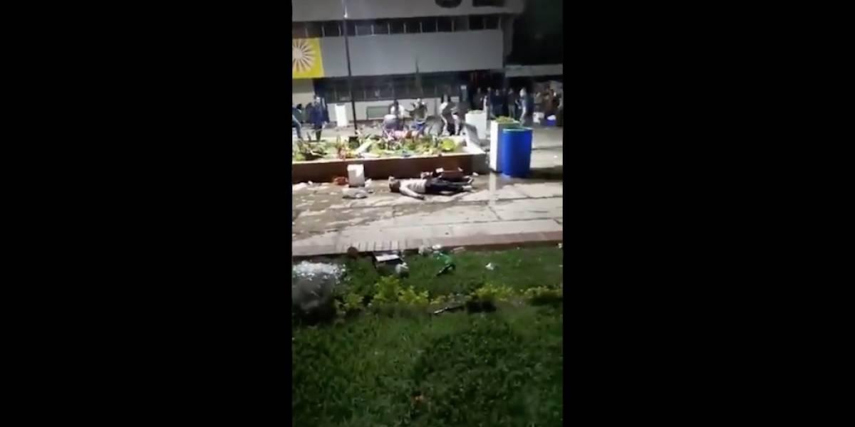 Publican nuevo video de trifulca dentro del campus de la Usac
