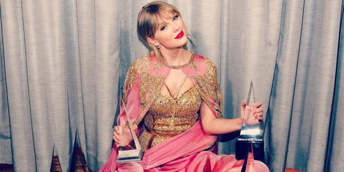 El revelador mini vestido de Taylor Swift que casi deja todo a la vista