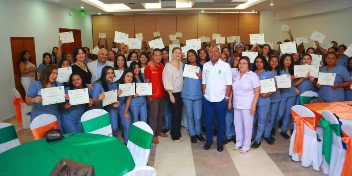 Cien víctimas del conflicto armando fueron capacitadas en el Área Hospitalaria y Clínica