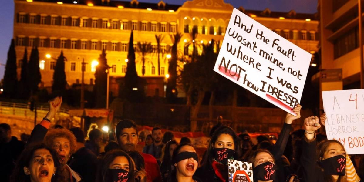 Mujeres marchan en Líbano contra acoso sexual e intimidación
