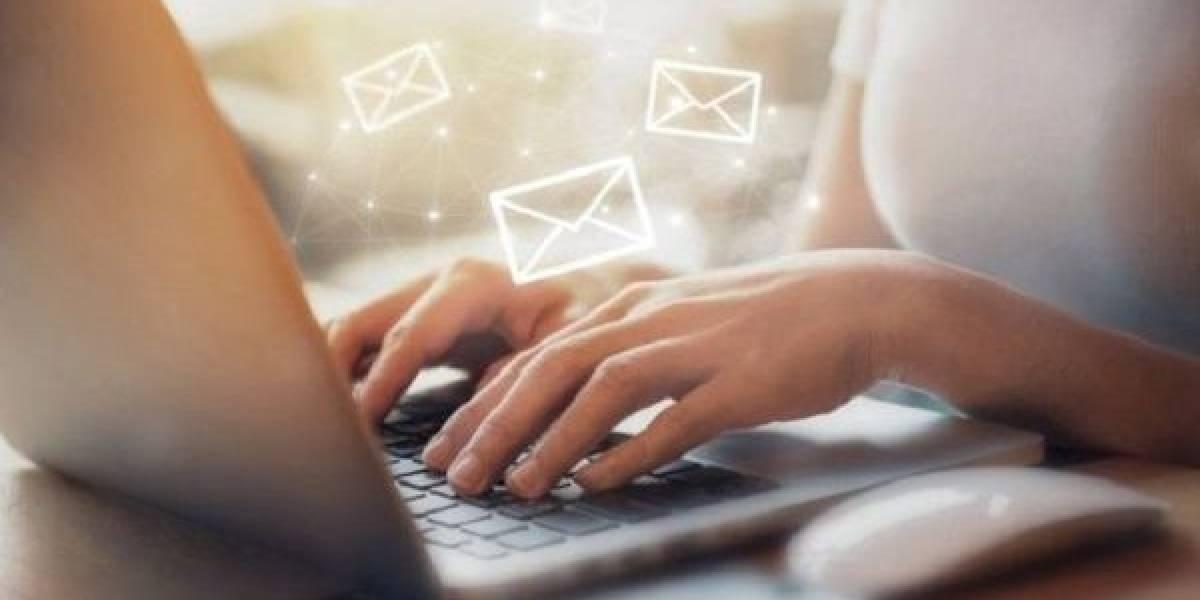 ¿Cómo responder al correo que te pide datos personales?