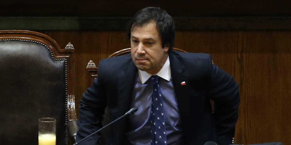 """Para los endeudados: Gobierno presenta este lunes agenda contra """"letra chica"""""""