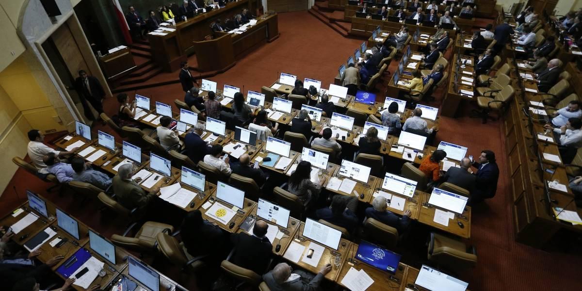 Continúan con la agenda social: Cámara abordará mañana ingreso mínimo y rebaja de utilidades de eléctricas
