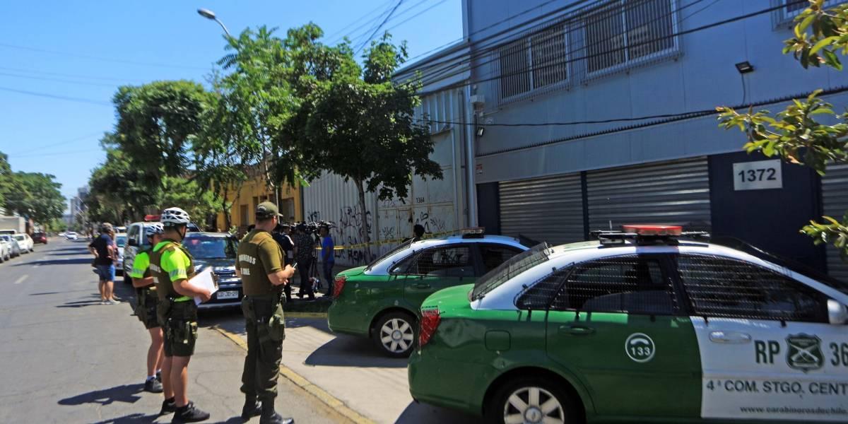 Un computador y artículos de aseo fueron sustraídos desde bodega de Presidencia en pleno centro de Santiago