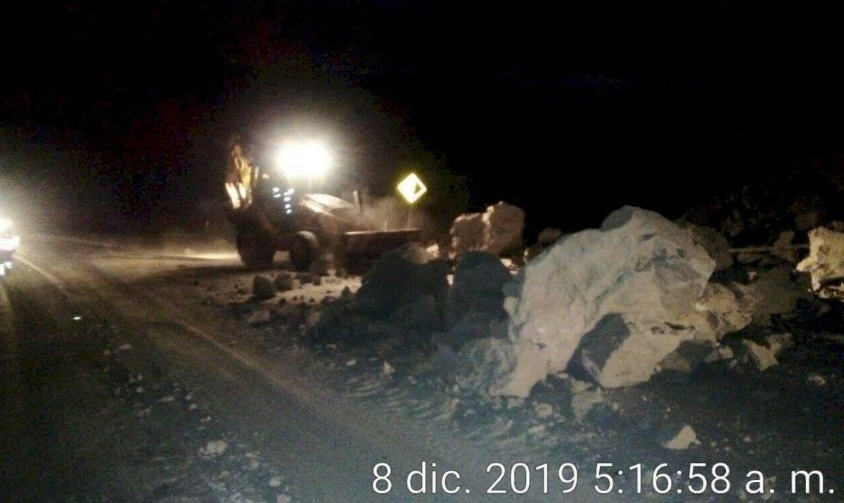 Caída de piedras en el sector de Guayllabamba-Cochasqui