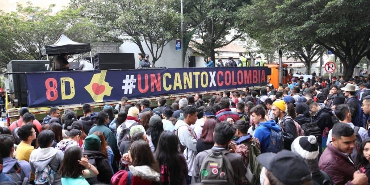 Un canto por Colombia: la marcha cultural que inunda a Bogotá