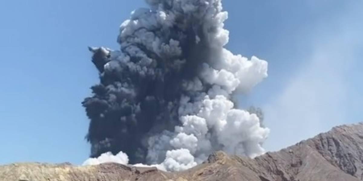 Resultado de imagem para casal de brasileiros escapa por pouco de vulcão em erupção na nova zelândia