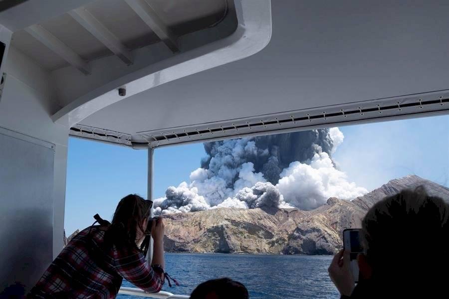 volcán Whakaari en Nueva Zelanda