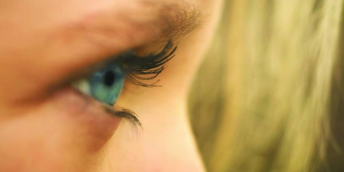 Ceratocone tem mais chances de ser contraída por quem coça os olhos