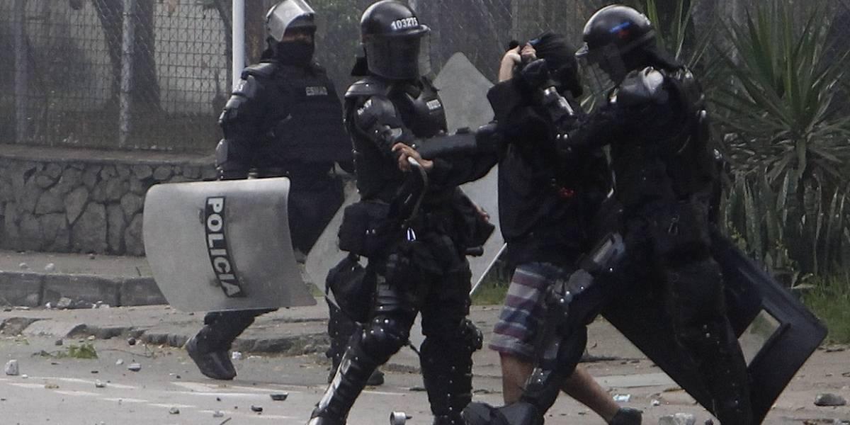 Daniel Coronell revela graves denuncias por el presunto abuso de autoridad durante las protestas