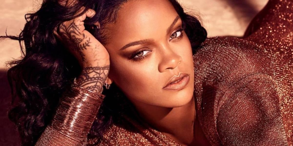 """Rihanna baila al ritmo de """"Suavemente"""" de Elvis Crespo"""