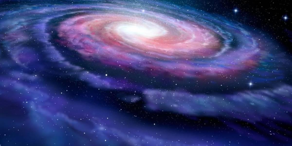 Universo: científicos intentan descifrar la fuente de energía que produce un misterioso resplandor rojo proveniente del centro de la Vía Láctea