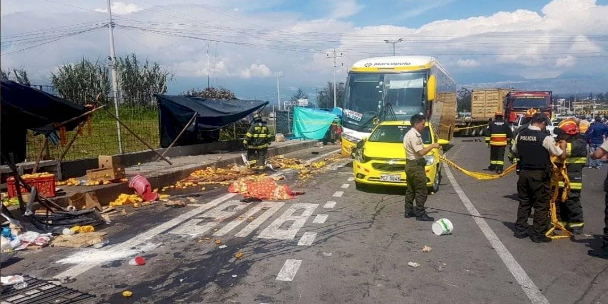 Tres personas heridas y dos fallecidas en accidente de tránsito vía Papallacta