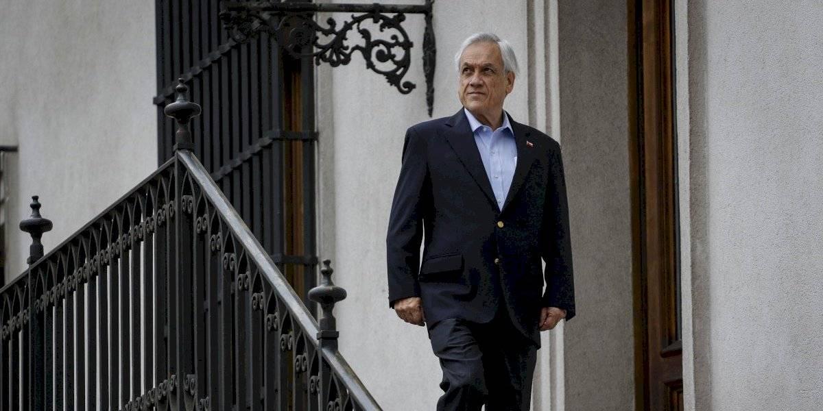 """Piñera se toma un día y medio de vacaciones y no asiste a La Moneda: Huenchumilla asegura que """"podrían ser más largas"""" para """"que se calmara"""""""