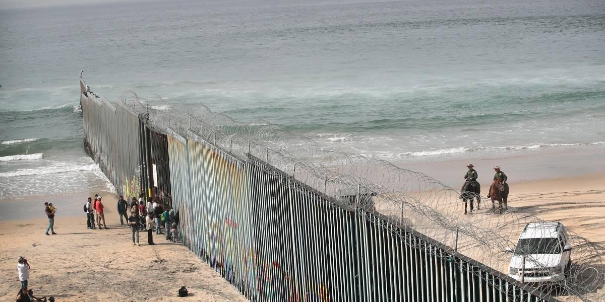 Pentágono investiga contrato de 400 millones para el muro