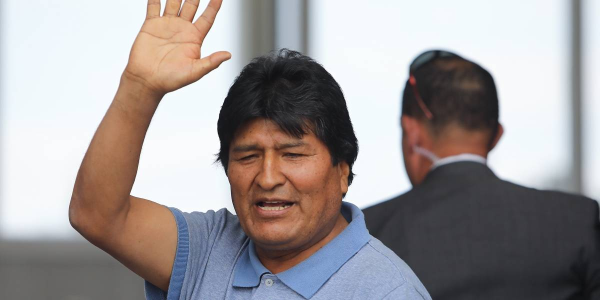 """Evo Morales llegó a Argentina y pedirá quedarse en calidad de """"refugiado"""""""