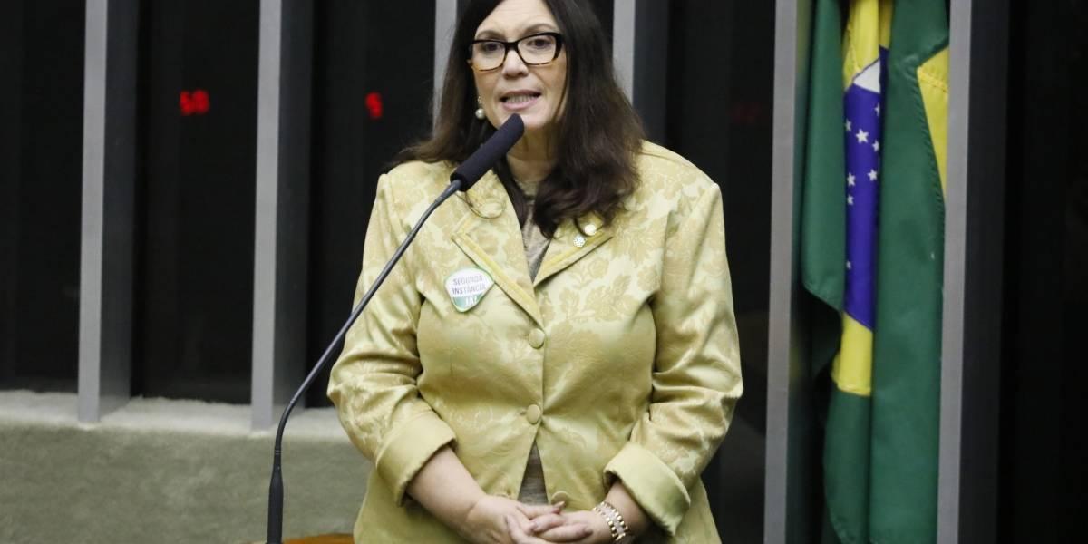 PSL expulsa Bia Kicis por grave infração ética e infidelidade partidária