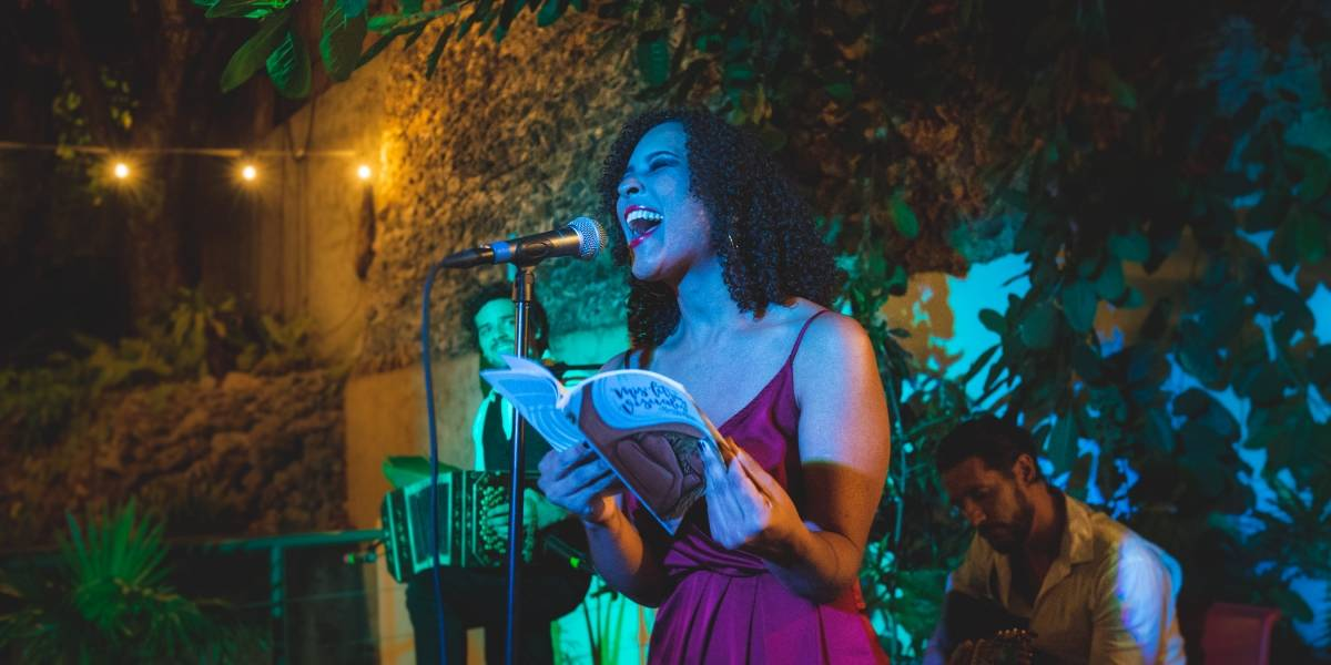 Kenya Roque proyecta cortometraje de su nuevo poema Toxic Tango