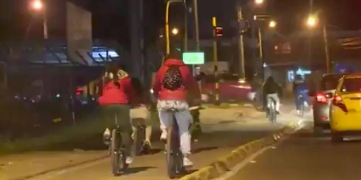 Estudiante fue acribillado por delincuentes que le robaron su bicicleta en la ciclovía nocturna en Bogotá