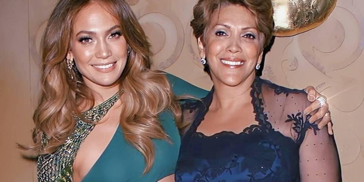 Así se mueve la mamá de Jennifer Lopez en el escenario (Video)