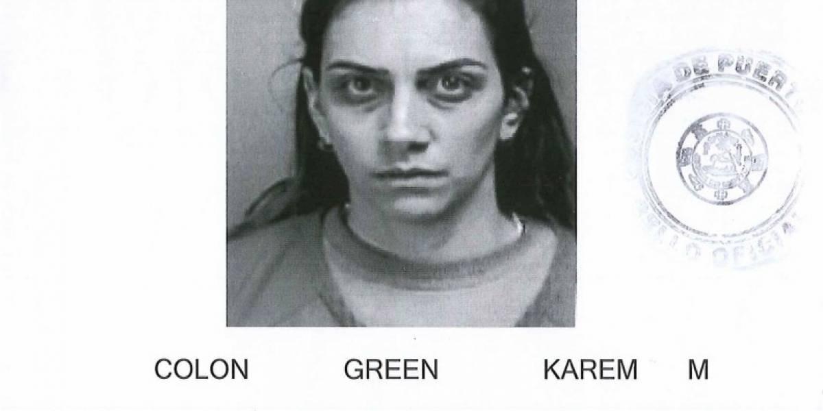 A la cárcel mujer que cambió casi $9 mil en cheques falsos