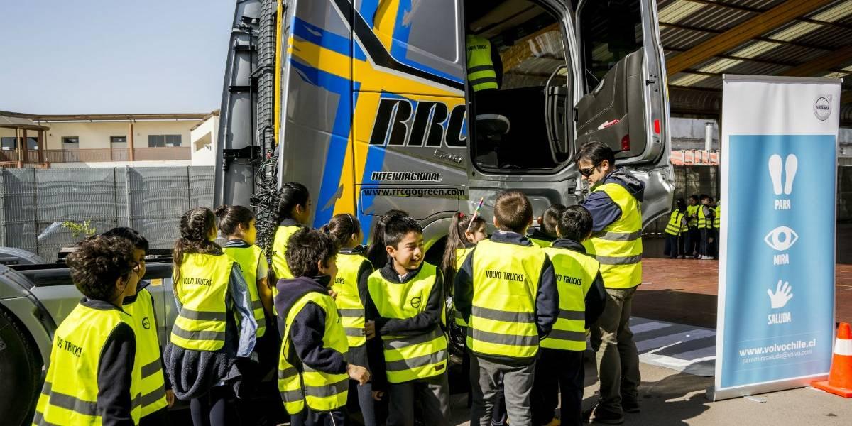 """Más de 300 niños se graduaron como nuevos """"Embajadores de la seguridad vial"""""""