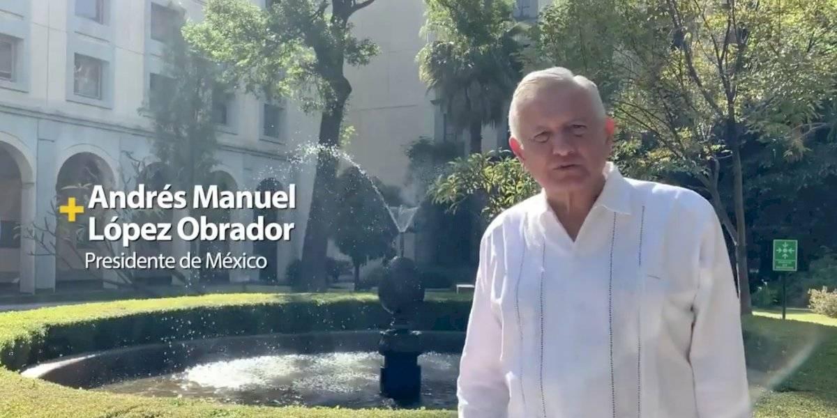 López Obrador pide ayudar al Teletón y destaca labor de 22 años