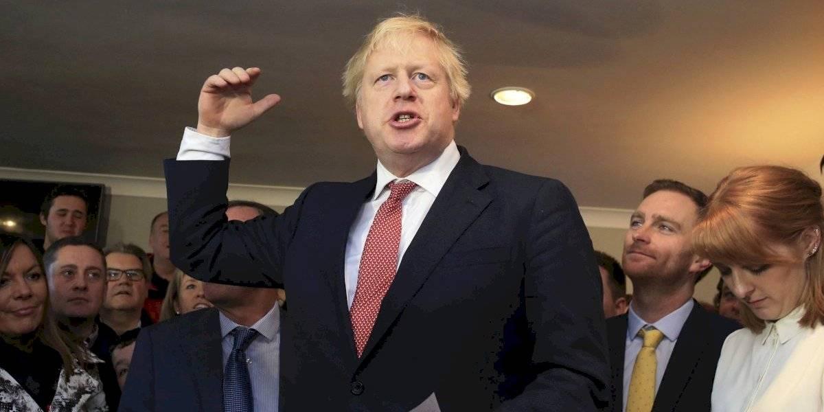 Boris Johnson recibe a sus nuevos legisladores tras las elecciones
