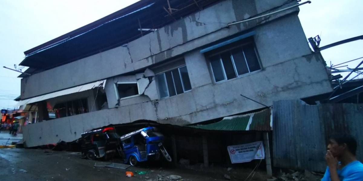 VIDEOS. Fuerte sismo deja un muerto y varios heridos en Filipinas