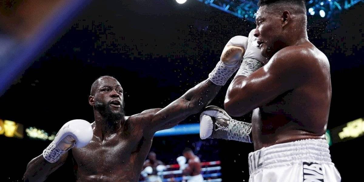 """Papa nombra como """"embajador por la paz"""" al boxeador Deontay Wilder"""