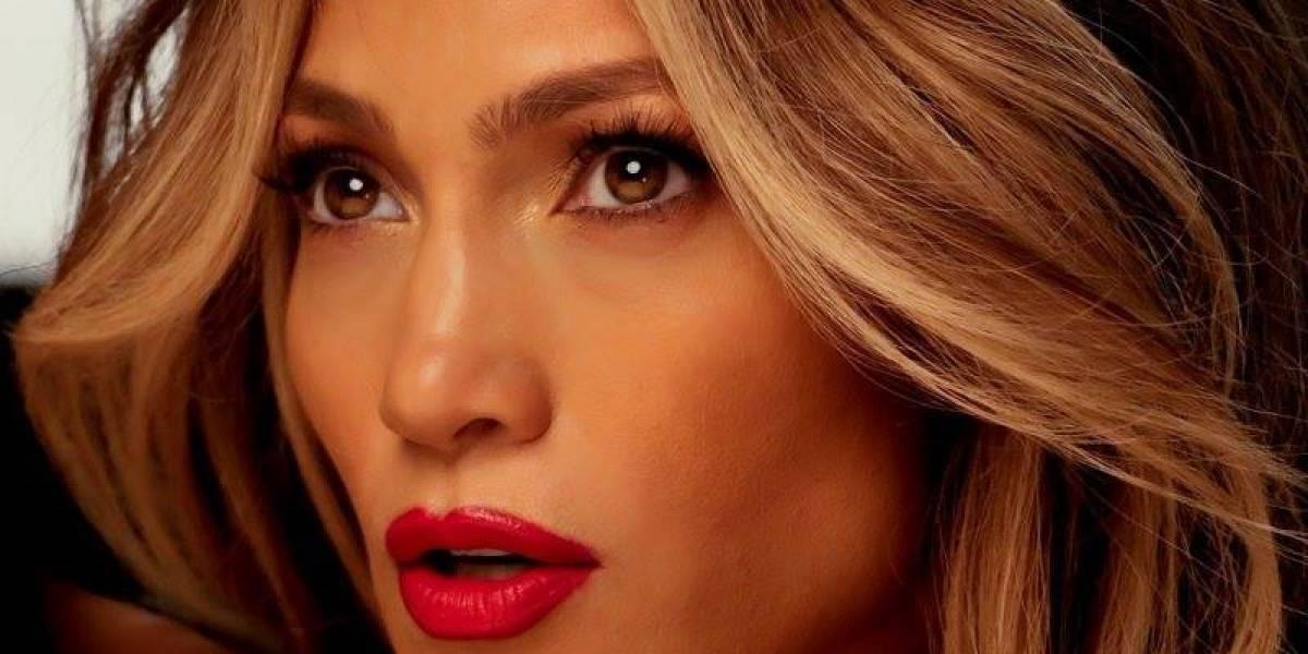 Captan a Jennifer Lopez en bikini y sin Photoshop