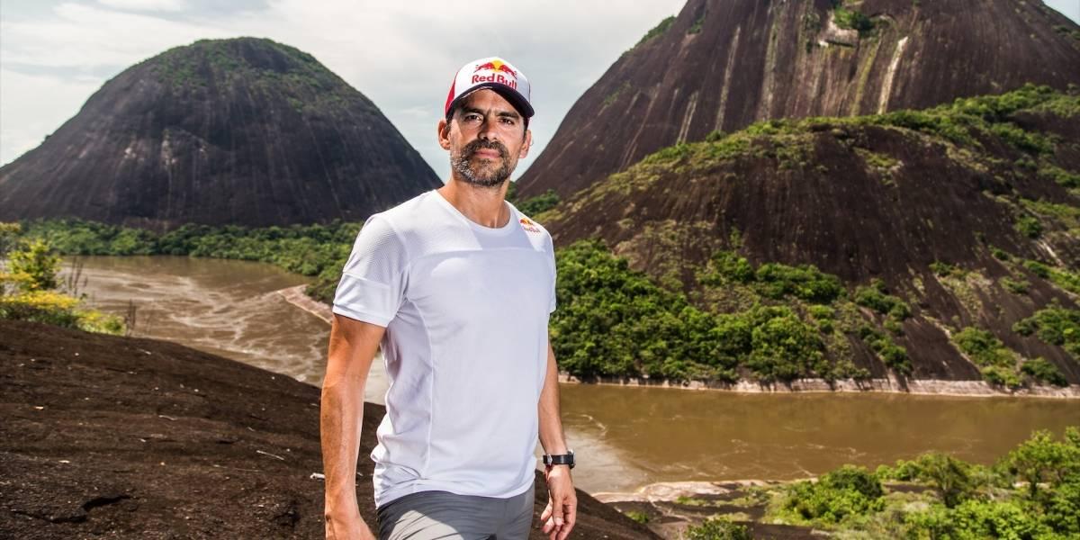 ¡Continúa haciendo historia! Orlando Duque explora, con sus saltos, las maravillas naturales del Guainía
