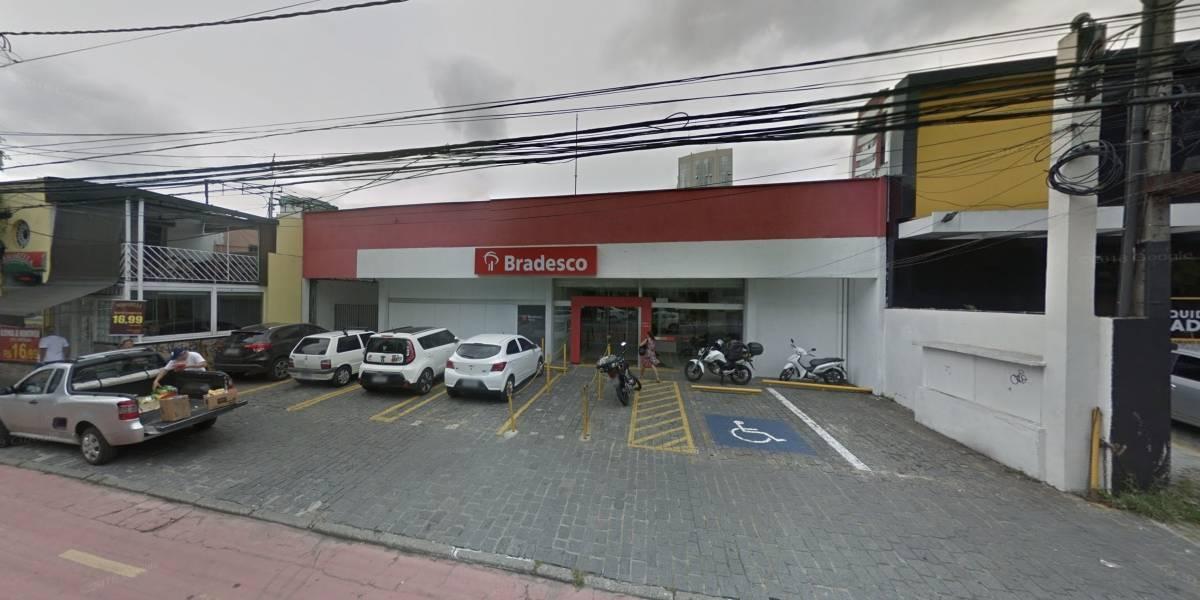 Bandidos invadem duas agências bancárias em Moema