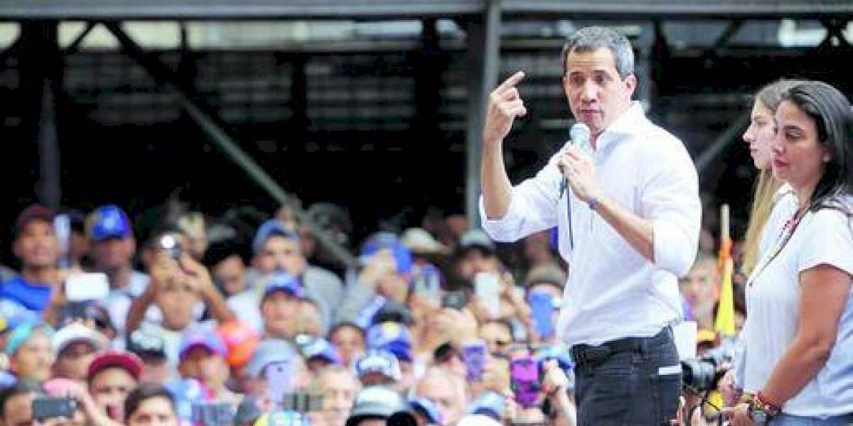 """Maduro manda a detener a Guaidó y lo acusa de una """"conjura sangrienta"""""""