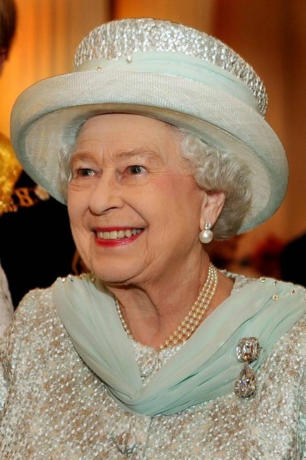 Los aretes de la Reina Isabel II que usó Kate Middleton