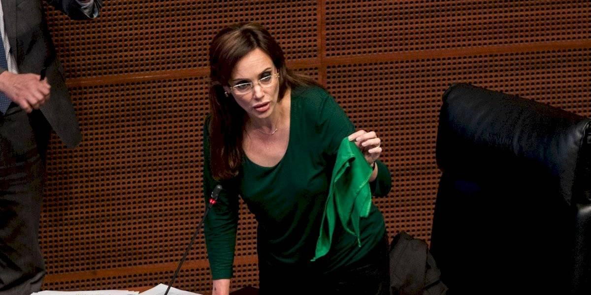 'El primer feminicidio ocurre con el aborto', responde Lilly Téllez a Jesusa Rodríguez