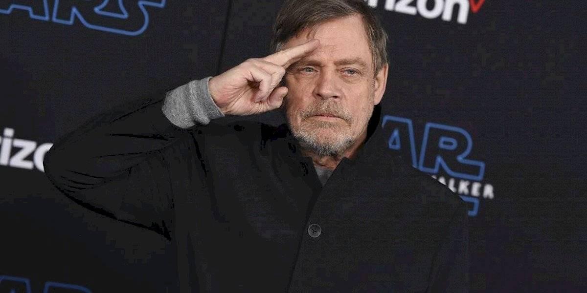 """Estrellas y fans coinciden en estreno de """"Rise of Skywalker"""""""