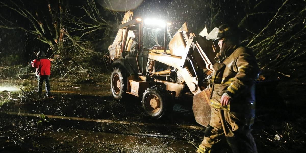 Mueren cuatro personas por tormentas en el sur de EEUU