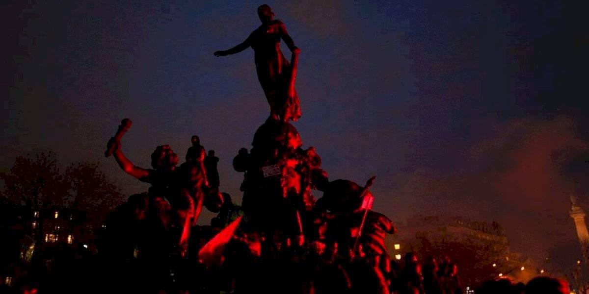 Gobierno de Francia se reúne con sindicatos y empleadores