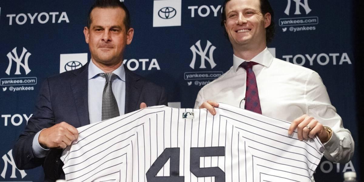 Yankees y Cole firman histórico contrato por 9 temporadas