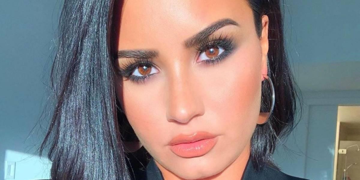 Demi Lovato luce nuevo tatuaje con inspirador mensaje