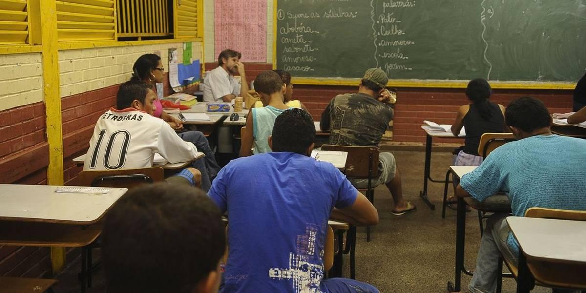 Violência contra professores e alunos cresce na rede pública paulista
