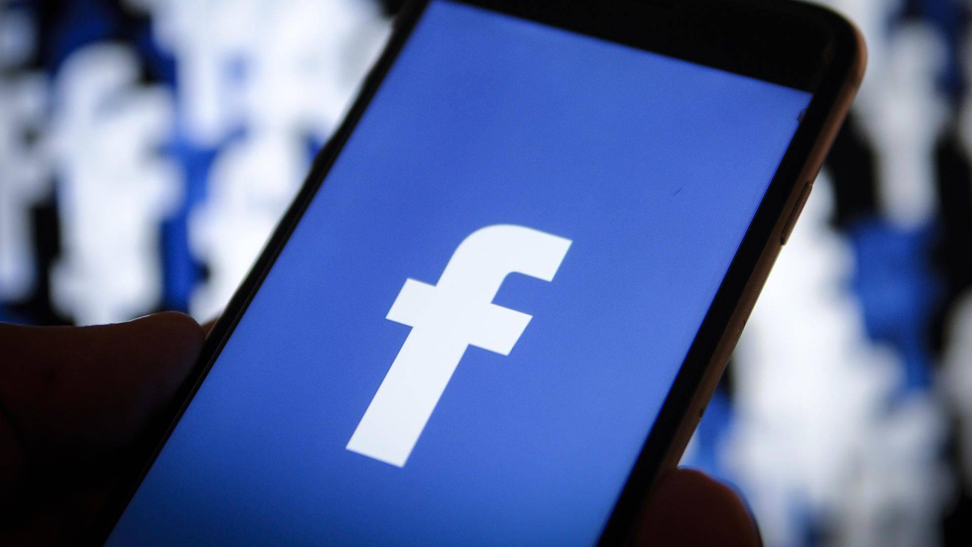 Facebook anuncia nuevos parámetros para detener la desinformación sobre el COVID-19