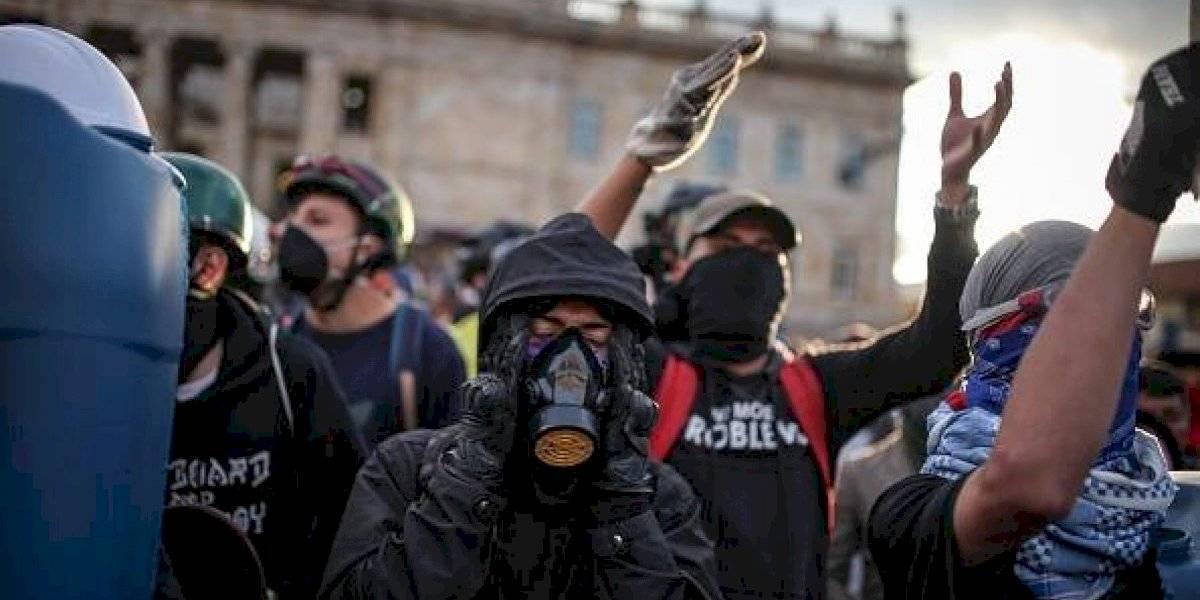 Estudiante colombiano pierde su ojo durante protestas (video)