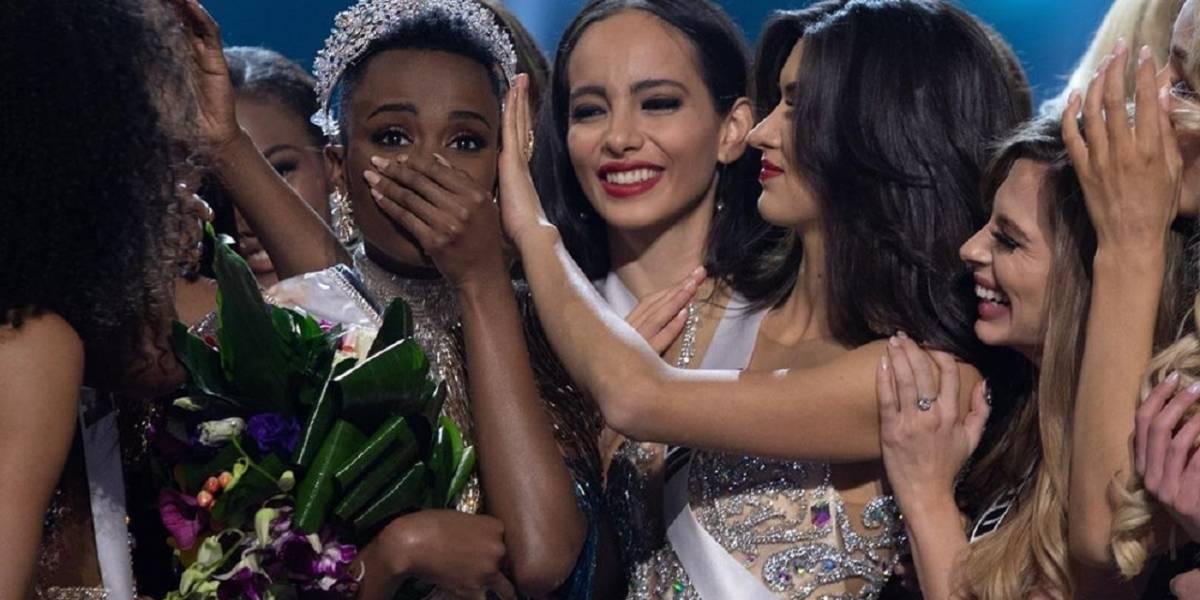 Miss Universo 2019 seca sus lágrimas con billetes y las redes explotan en su contra