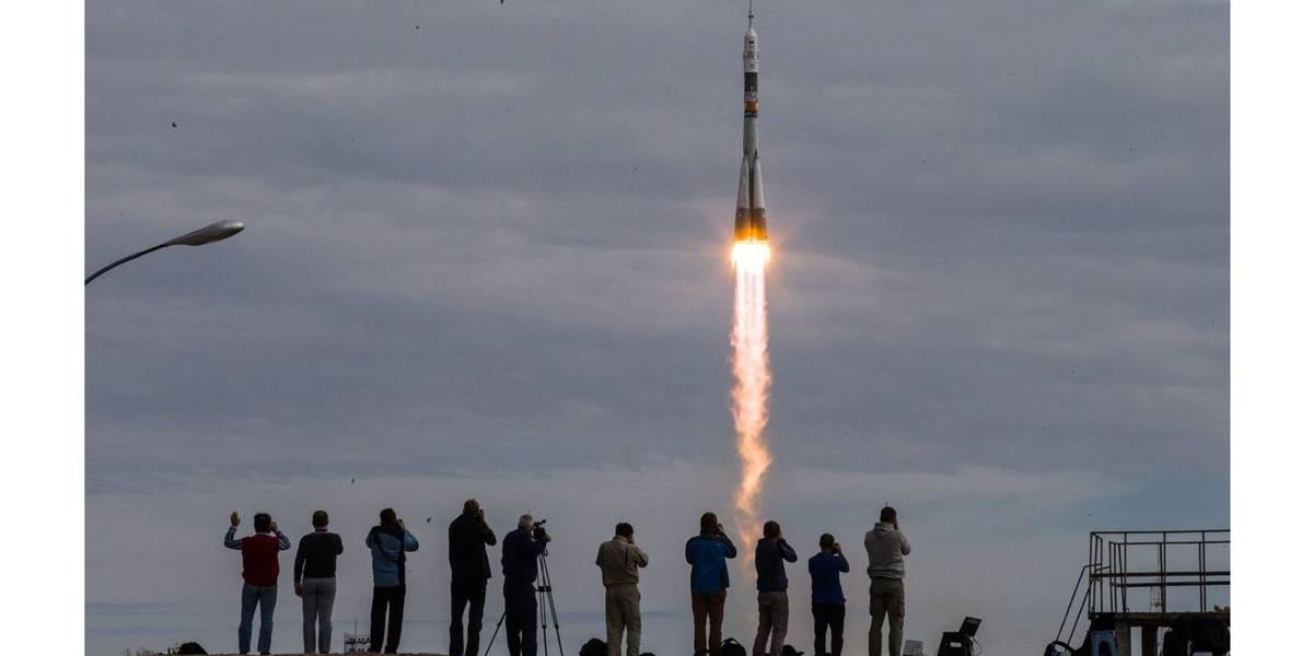 Nave Soyuz é lançada com 5 satélites rumo aos exoplanetas