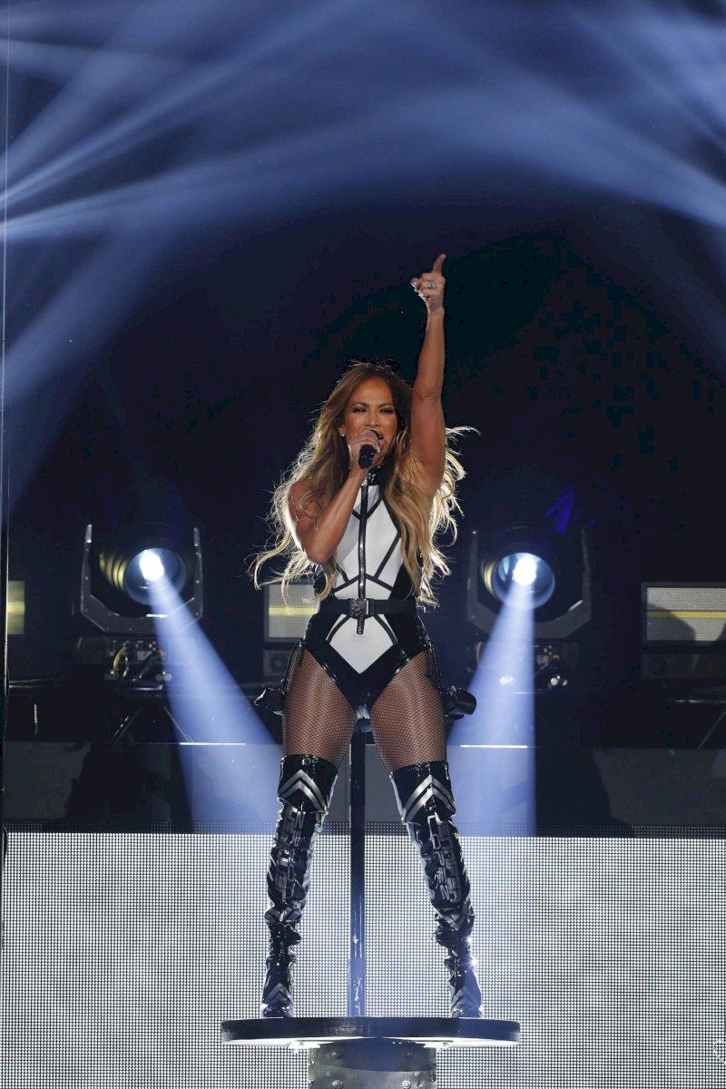 Jennifer Lopez AP
