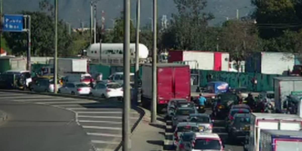 Conductores olvidaron que volvió el pico y placa en Bogotá y por eso fueron multados