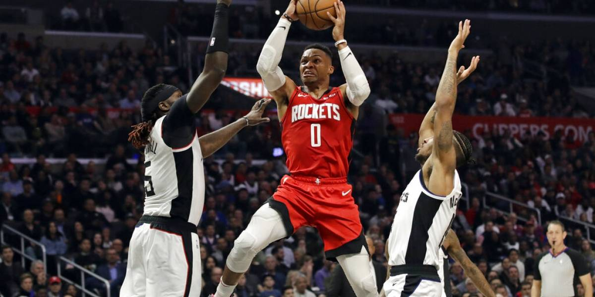 Russell Westbrook anota 40 en victoria de Houston sobre los Clippers